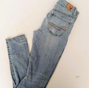 💙American Eagle High Rise Stretch Skinny Jeans